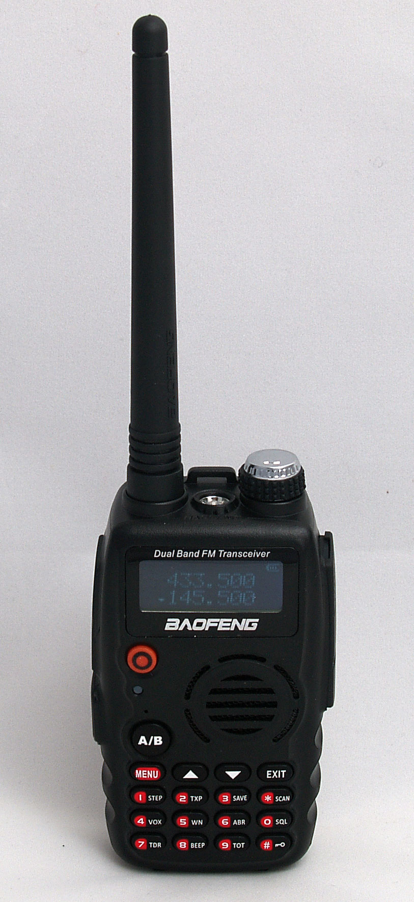 Baofeng B-580T (GT-3) 2m/70cm dualband handheld transceiver with dual frequency display