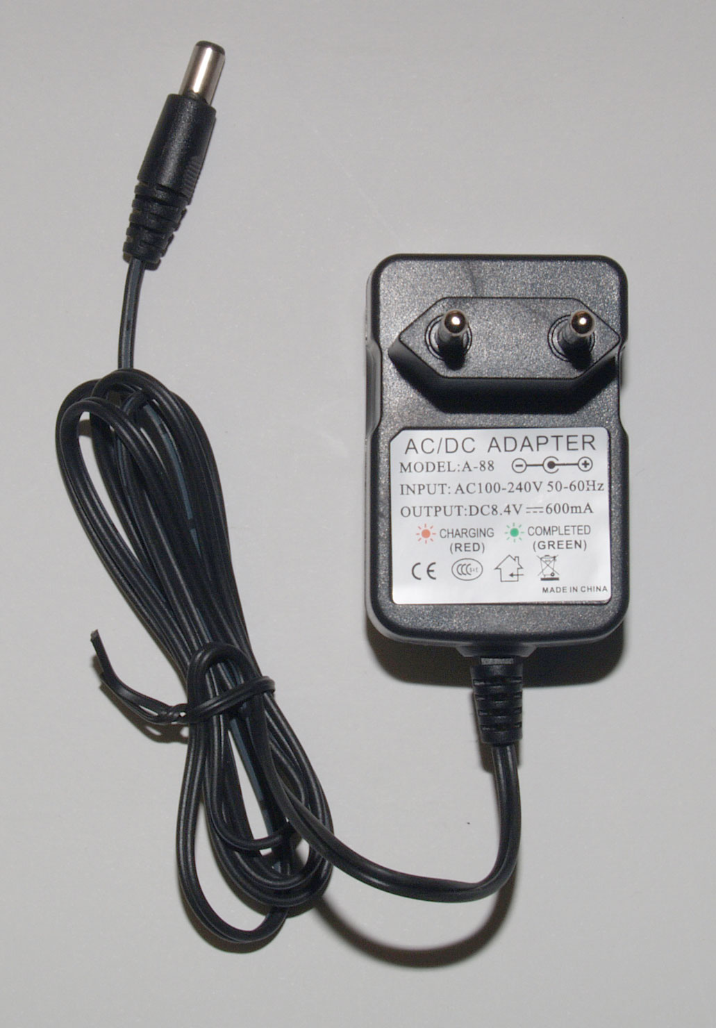 Mains Charger with 2-pin Euro Plug for Baofeng UV-5R, UV-B5, UV-82, B-580T & GT-3 handheld transceivers