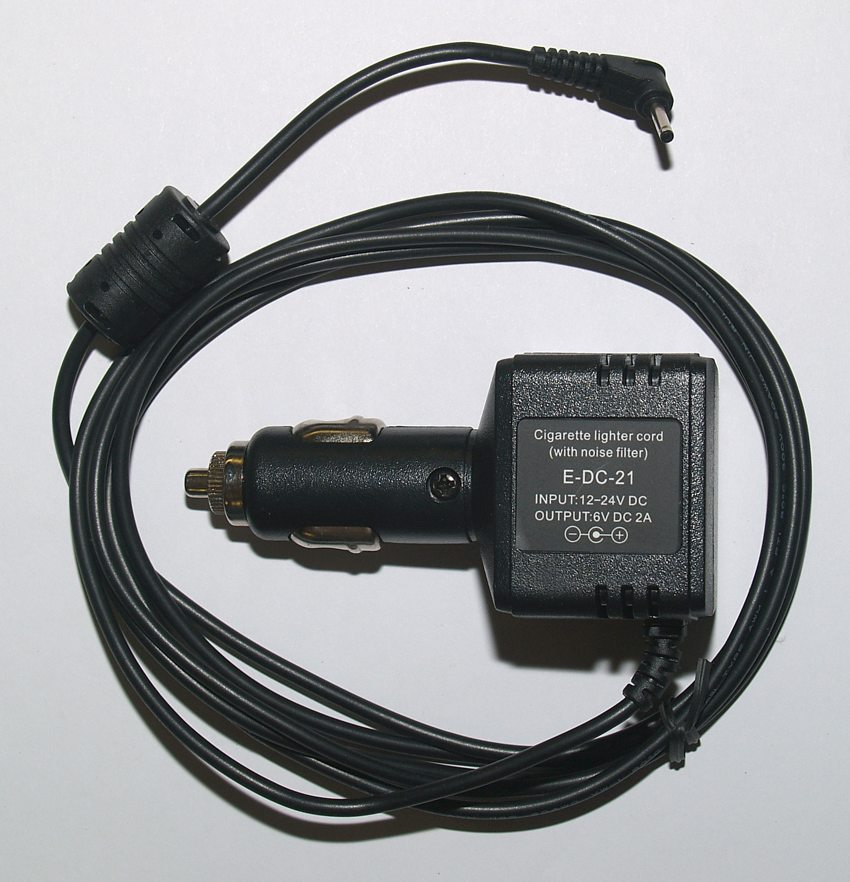 12 V Car charger for use with Zastone ZT-2R & Yaesu VX-2/VX-3