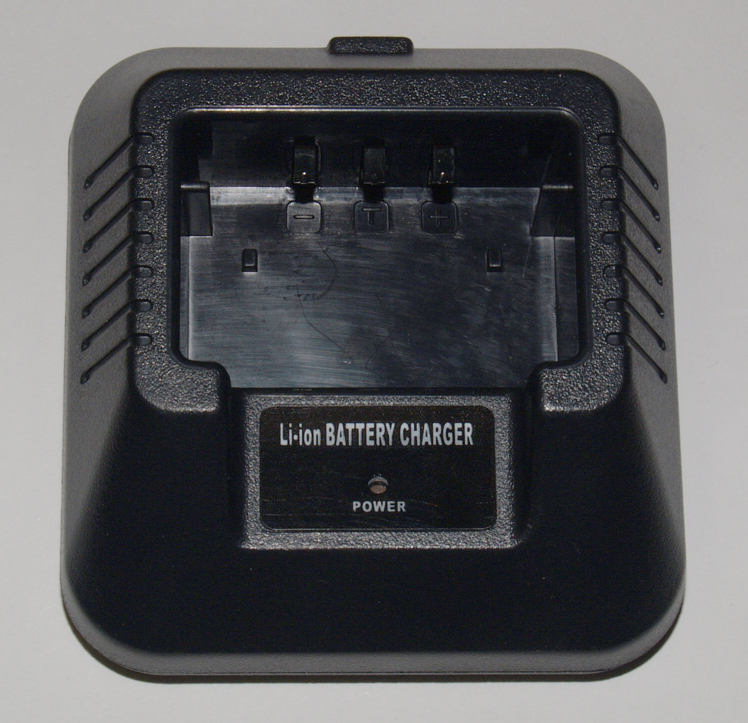 Drop-in Charging Base for Baofeng UV-5R handheld transceivers
