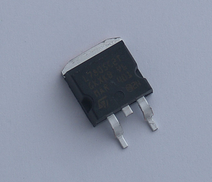 L7805C2T 5 V 1.5 A + Voltage Regulator (X1M replacement)