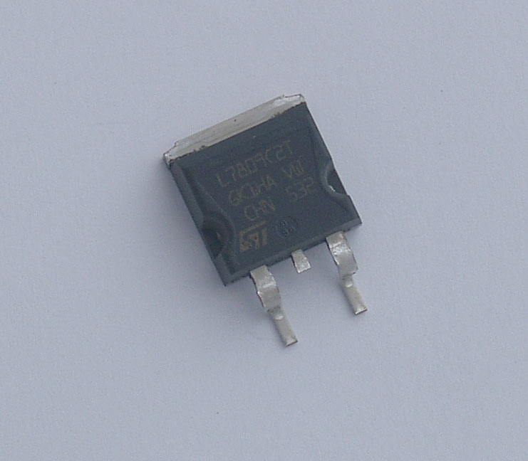 L7809C2T 9 V 1.5 A + Voltage Regulator (X1M replacement)